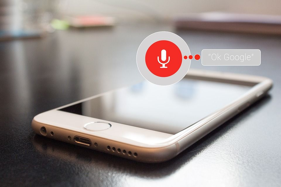 voice assistant on iphone